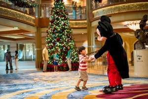 9 tips to get the most out of a Disney Cruise Character meet and greets